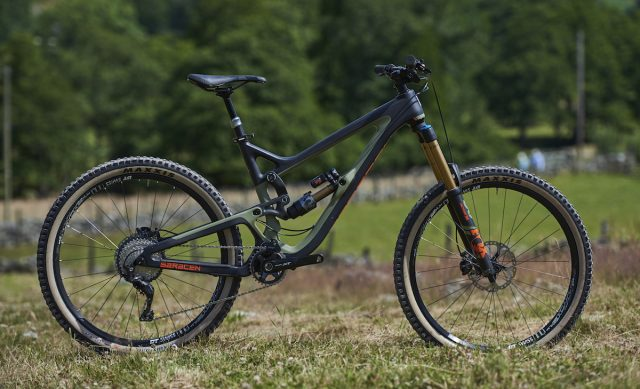 saracen ariel carbon revolution bike bike kili flyer