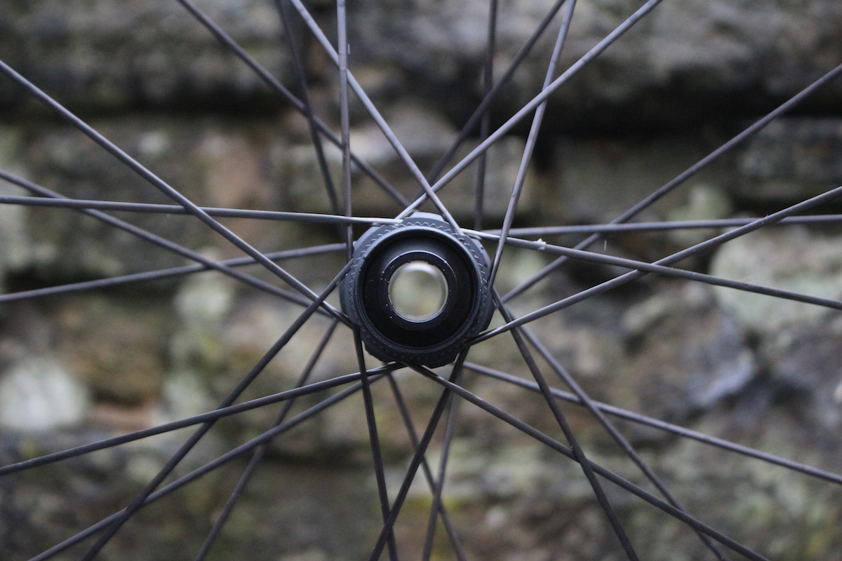 DT ProLock Squorx ProHead alu DT Swiss XMC1200 singletrack review tom hill