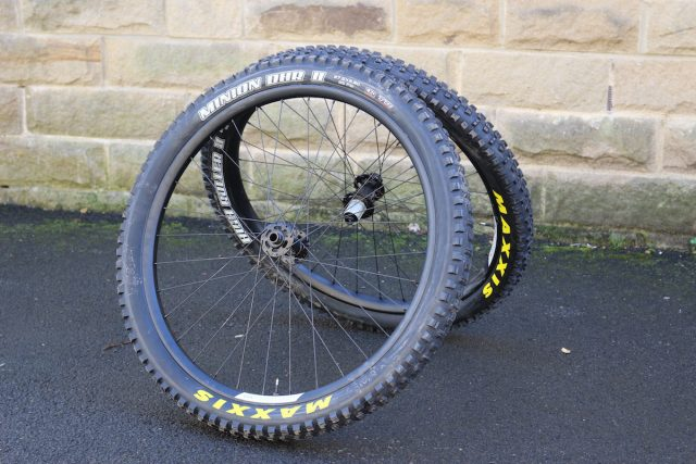 ibis 738 wheels maxxis minion wt plus 2.8 2.5in