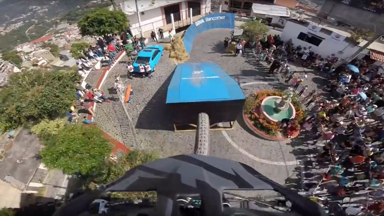Taxco Urban Downhill - Remy Metailler