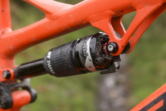dt swiss r 414 rear shock