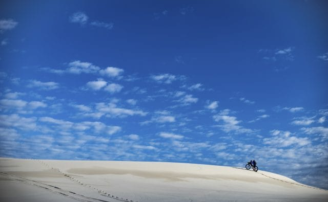issue 117, fat bike, austalia, dunes, desert, adventures