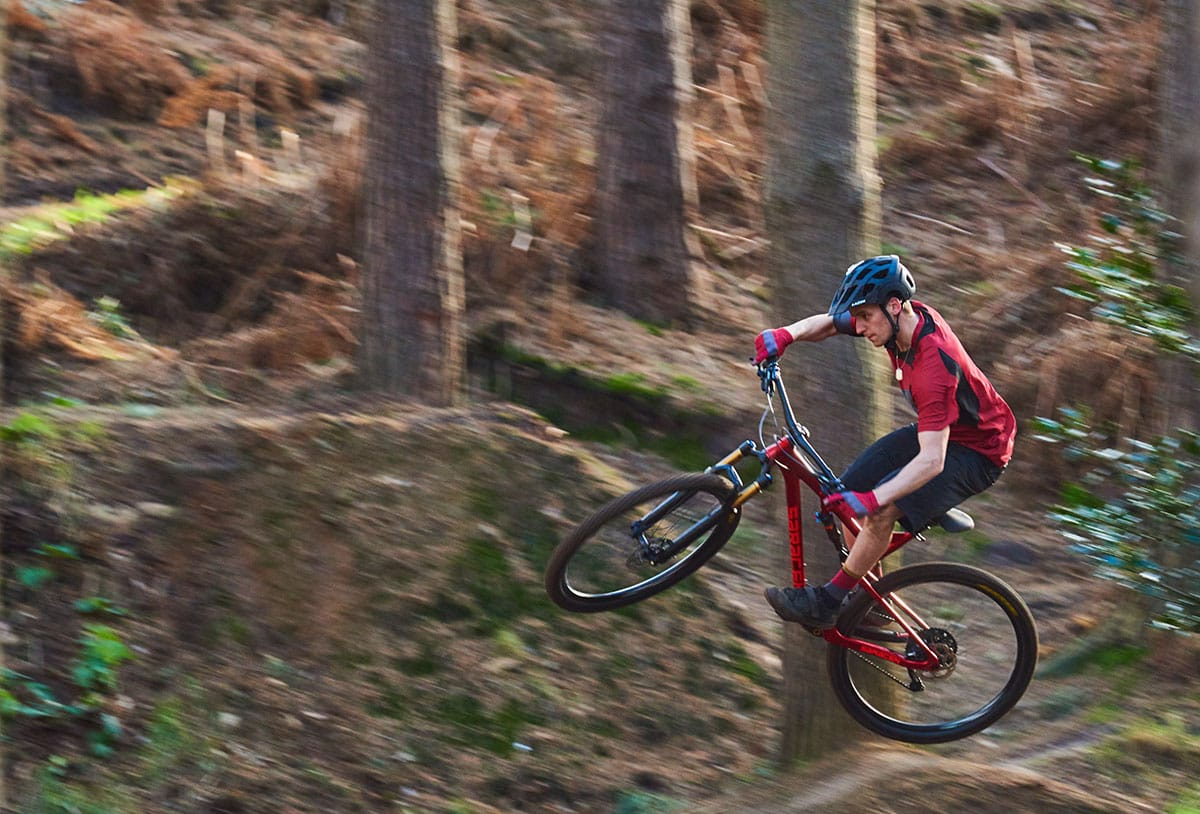 Fox Grand Traverse >> Which Saracen Would You Choose? The Full Sus 29er Or The Full Sus E-Bike? – Singletrack Magazine