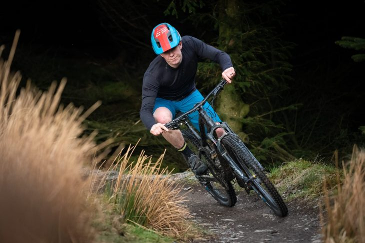 vee tire co flow snap enduro core tyre james vincent