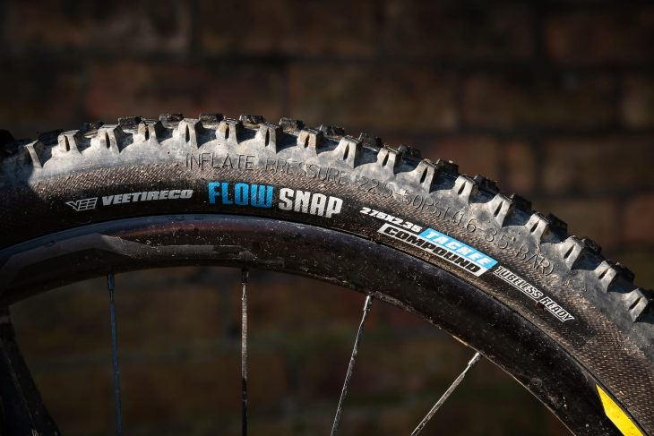 vee tire co flow snap enduro core tyre