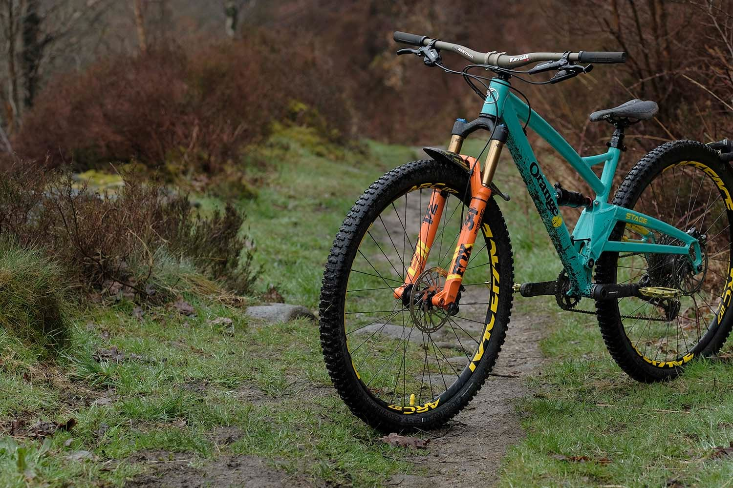 Review: Fox's brand new 34 Step-Cast fork is here from the future