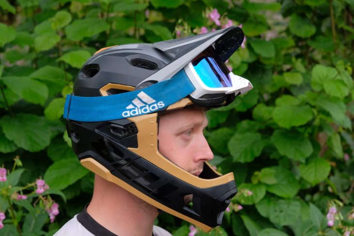 bell super dh helmet goggle wil