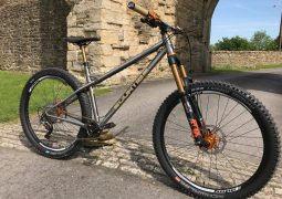 curtis AM7 complete bike