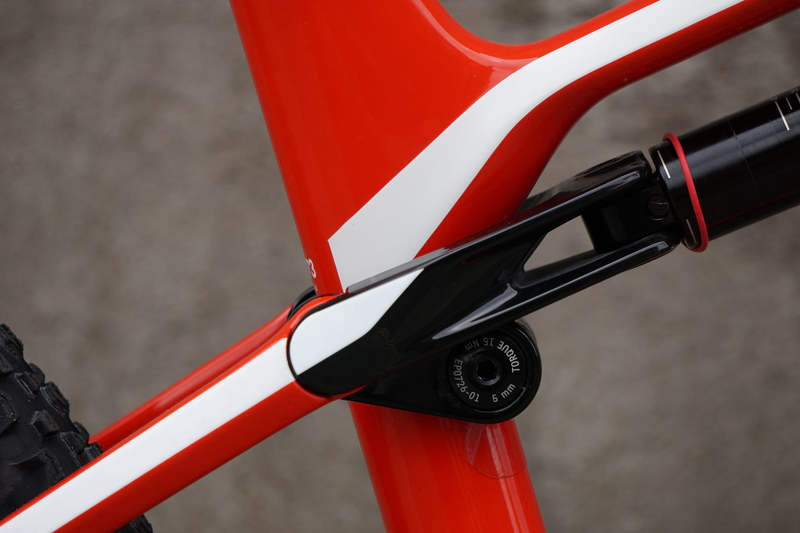 First Look  Canyon Lux CF SL 8.0 Pro Race. The Bike Starsky And ... c0a43392fd0