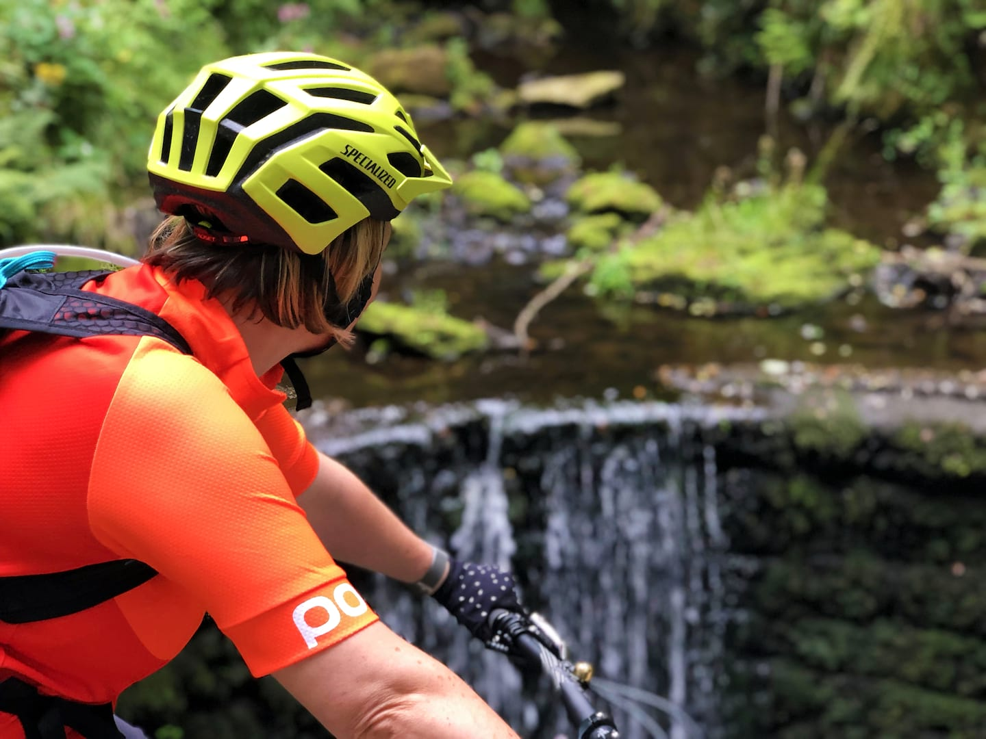 finding local trails with komoot singletrack magazine specialized helmet waterfall