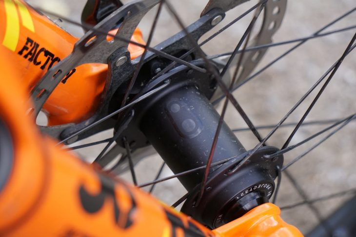 Crank Brothers Synthesis 'Tuned' Carbon Wheelset Review