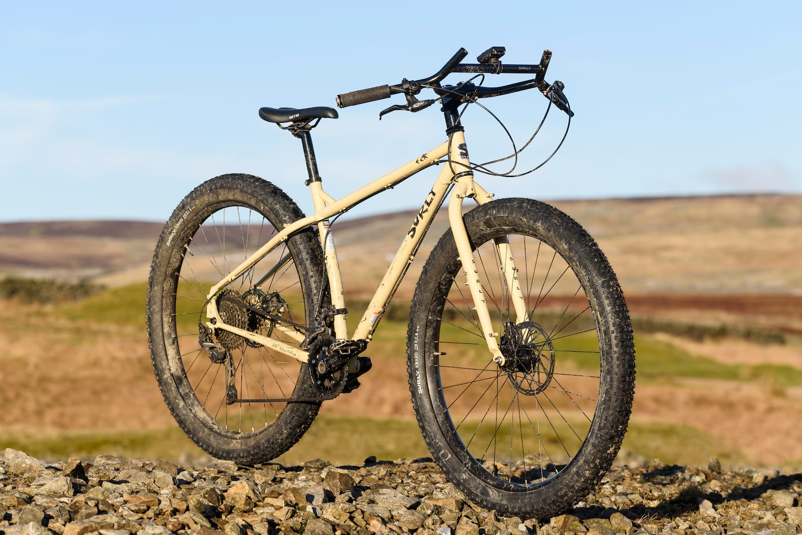 unsprung heroes rigid bike test surly ecr