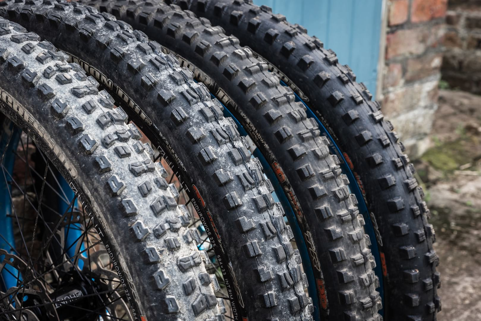 maxxis tyres doubledefence minion dhf dhr II shorty aggressor