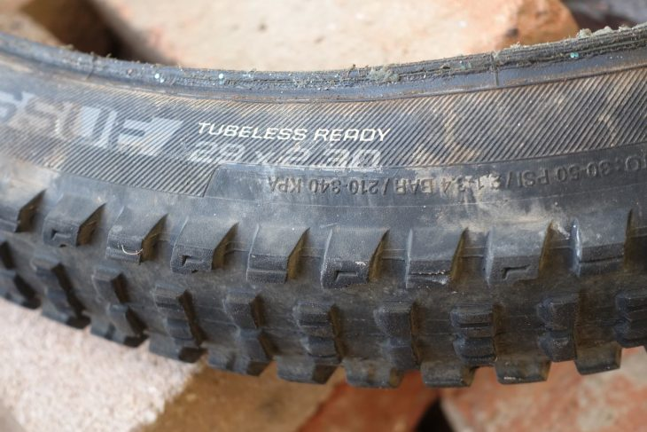 bontrager xr5 team issue tyre