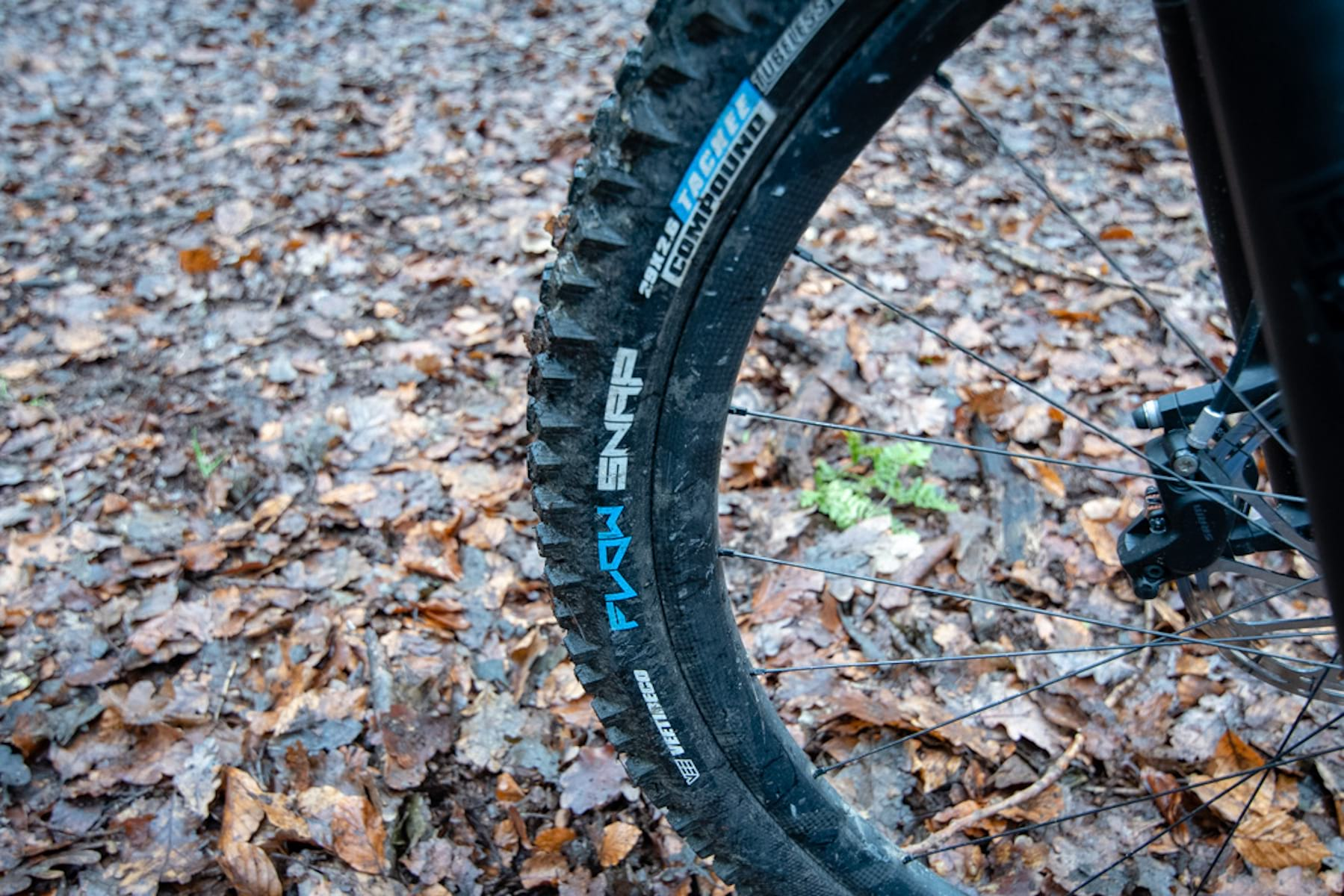 vee flow snap enduro tyre