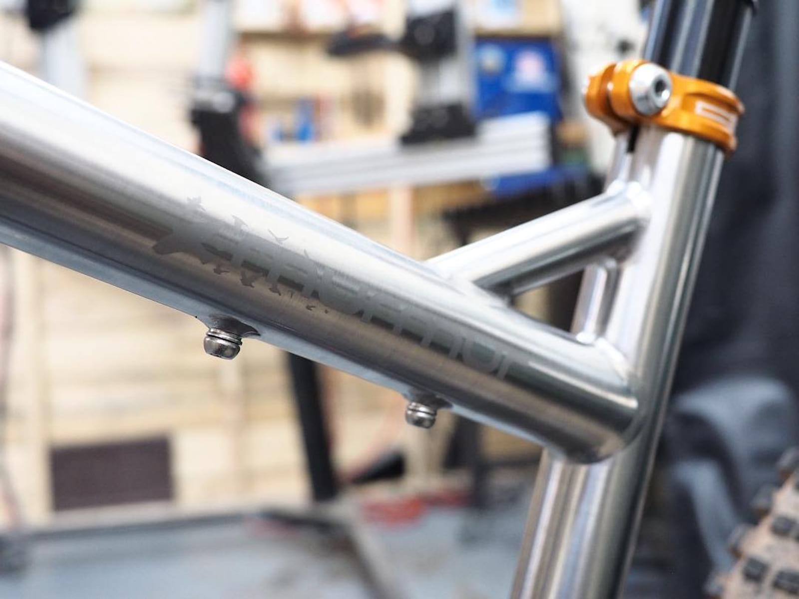 Starling Cycles Tease Stainless Steel Murmor, or is it Ti?