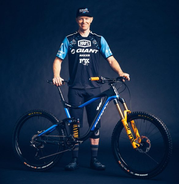 josh carlson giant reigh enduro ews coil 36 rc2 giant factory race team singletrack magazine