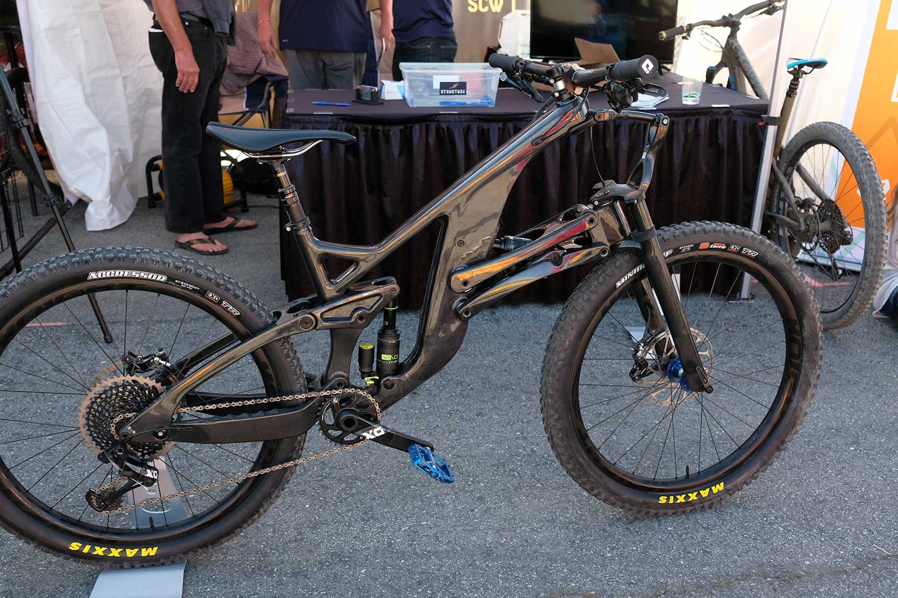 Structure Cycleworks – Carbon Linkage Enduro Bike With WTF Suspension!