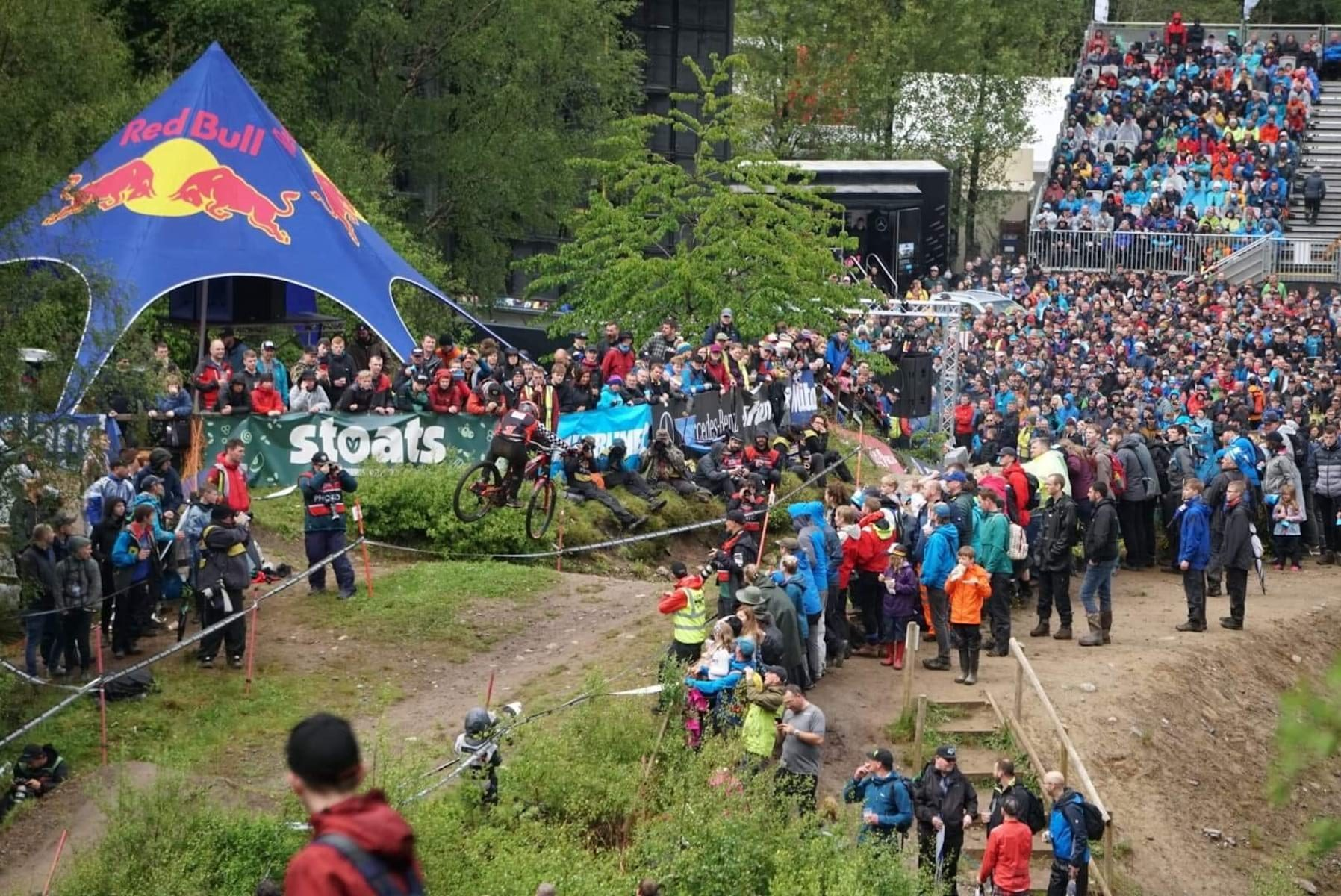 2019 fort william world cup crowd downhill race fort william elite mens results