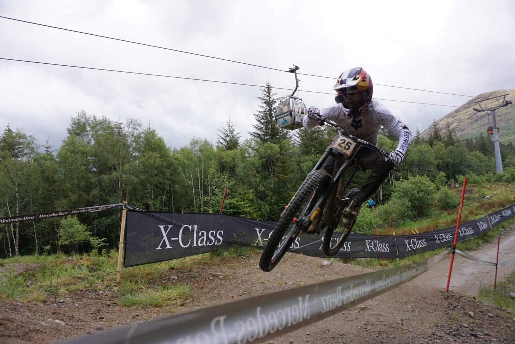 finn iles specialized demo fort william world cup