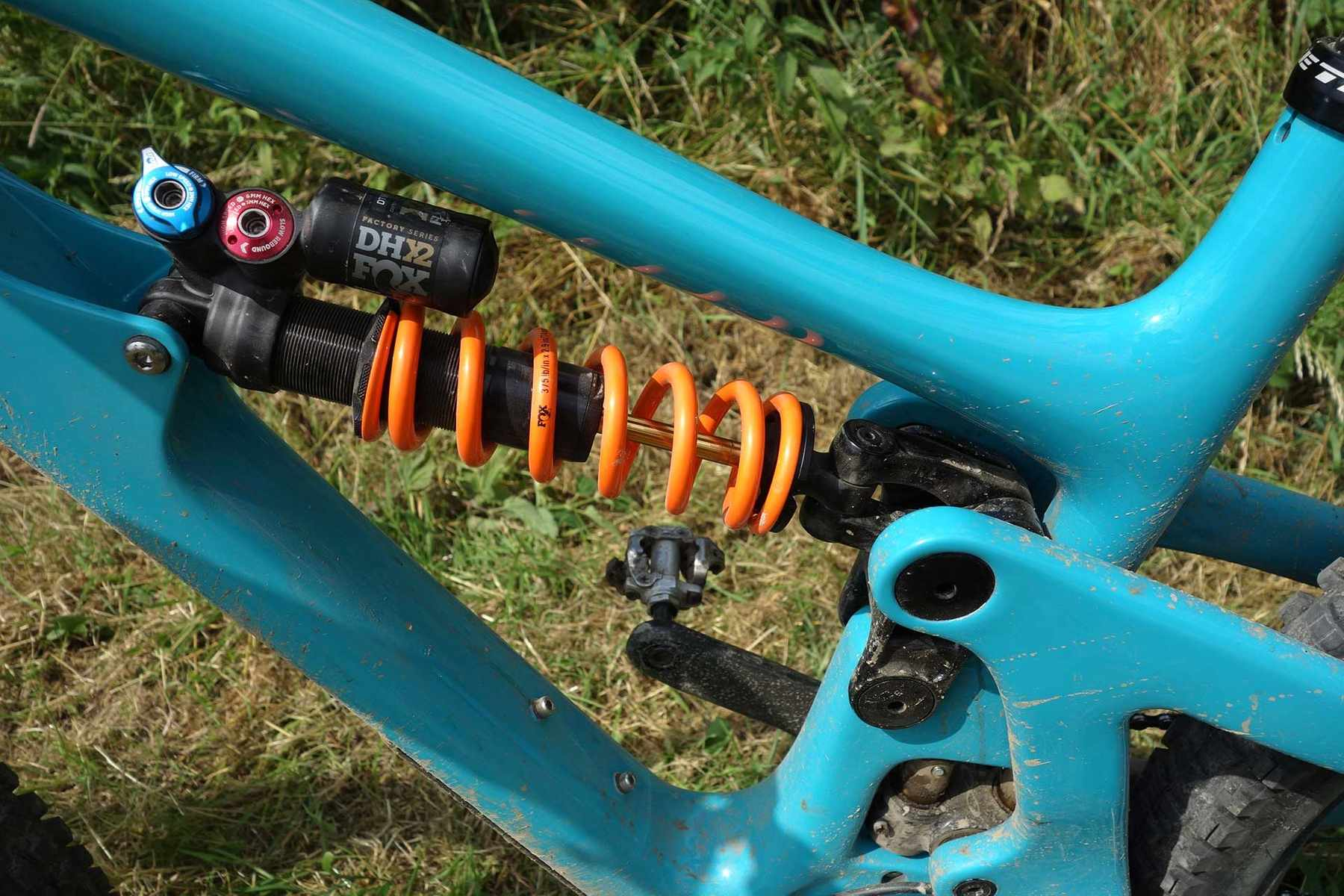 Fox DHX2 rear shock