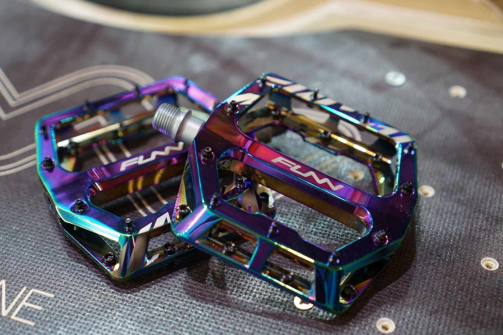 Funn oil slick pedals