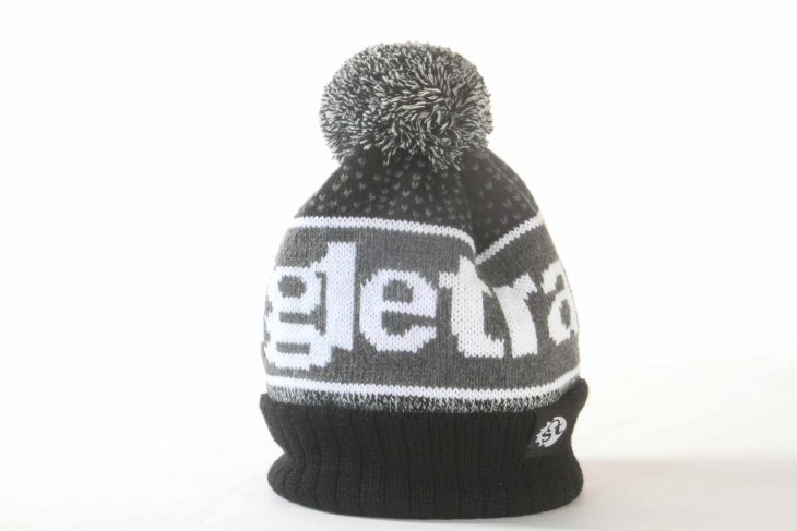 singletrcak black white wooly bobble hat