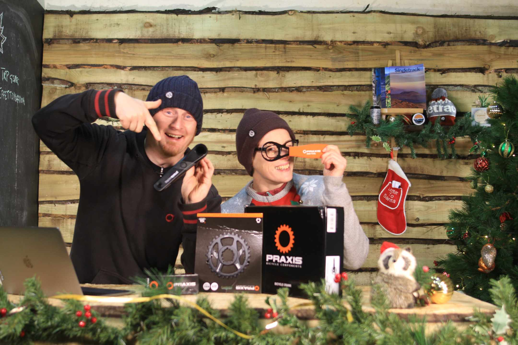 Christmas Countdown Day 17 | Win a Praxis Cadet Chainset, BB and Tool