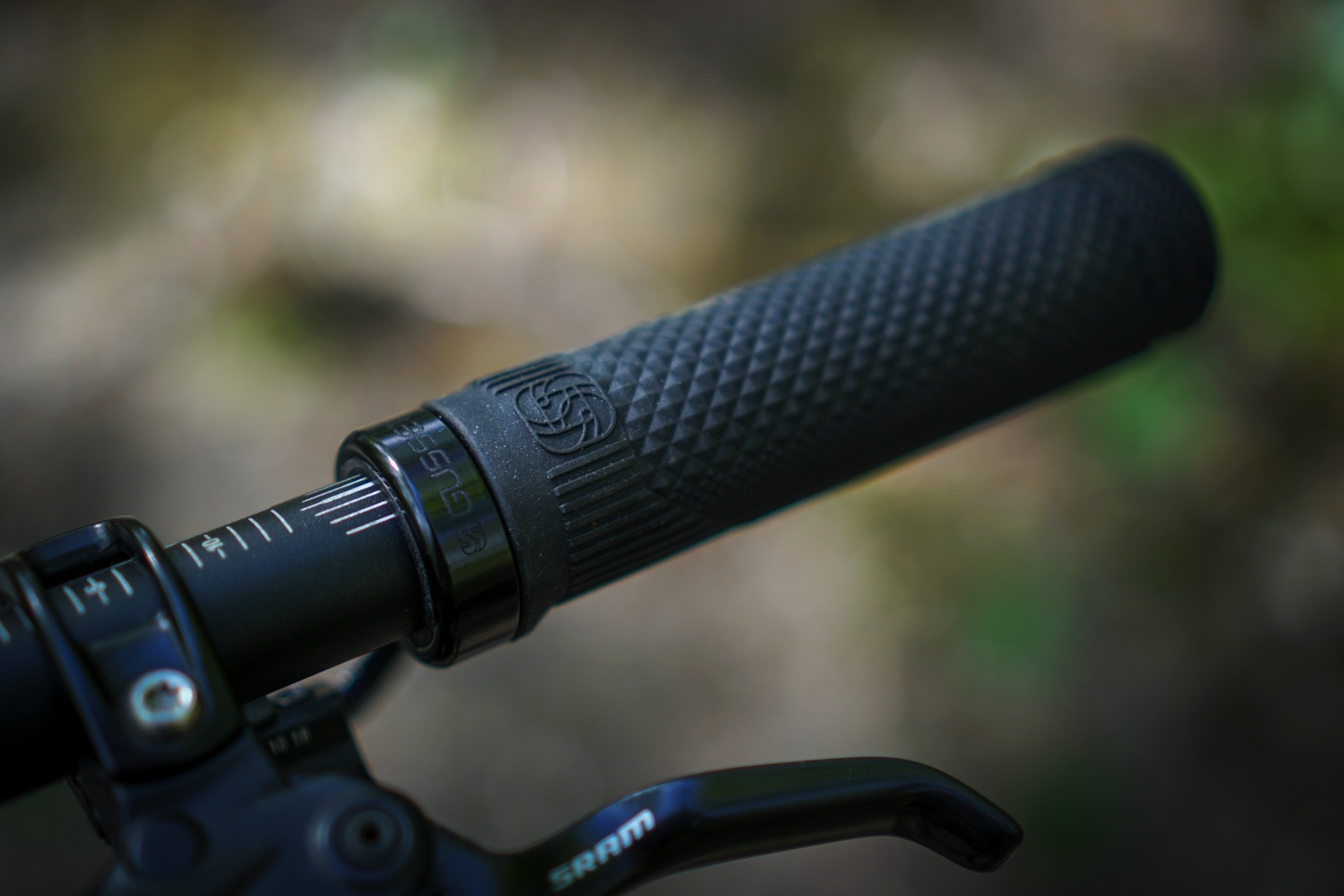 gusset s2 grips commencal meta am 29