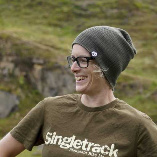 singletrack slouch beanie olive