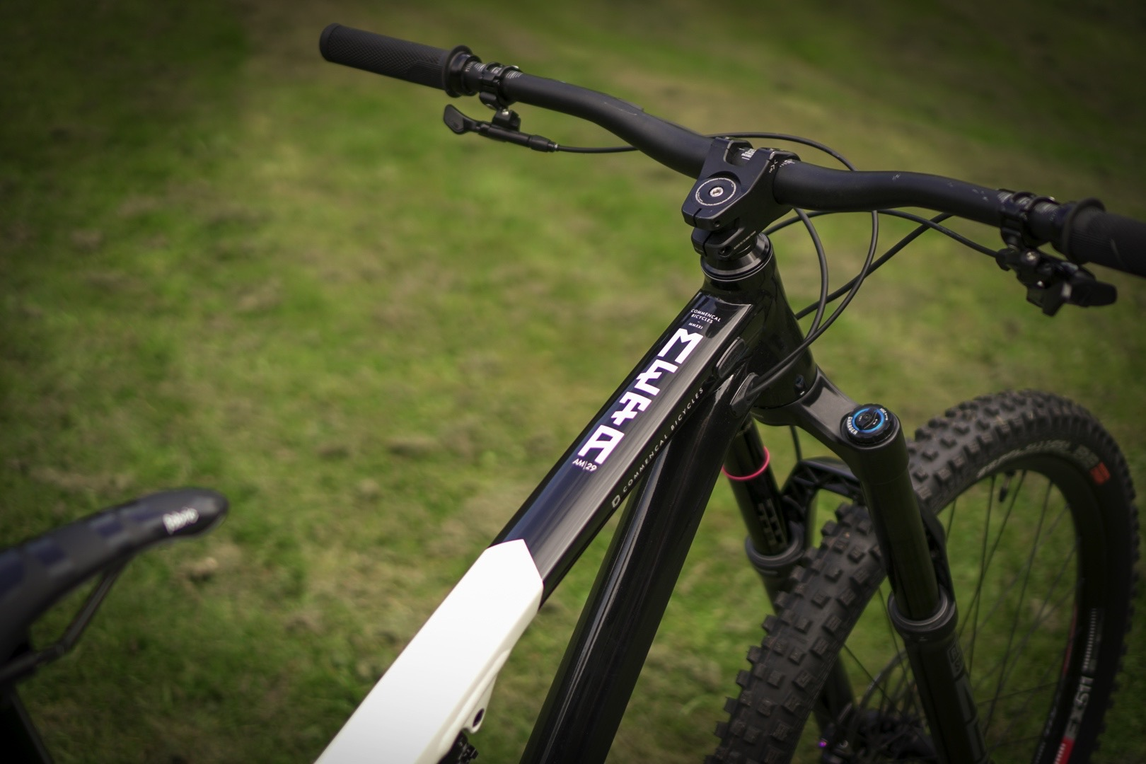 2021 Commencal Meta AM 29 First Look
