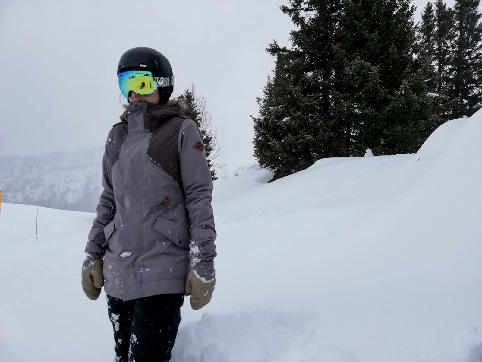 dakine snowboard jacket singletrack snow review tested