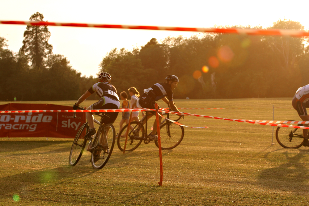 Racers: check. low evening sun: check - its Summer Series CX time