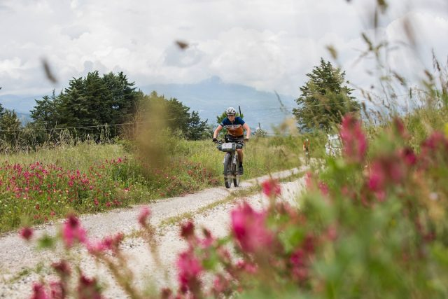 Video: Bikepacking Adventures In Tuscany
