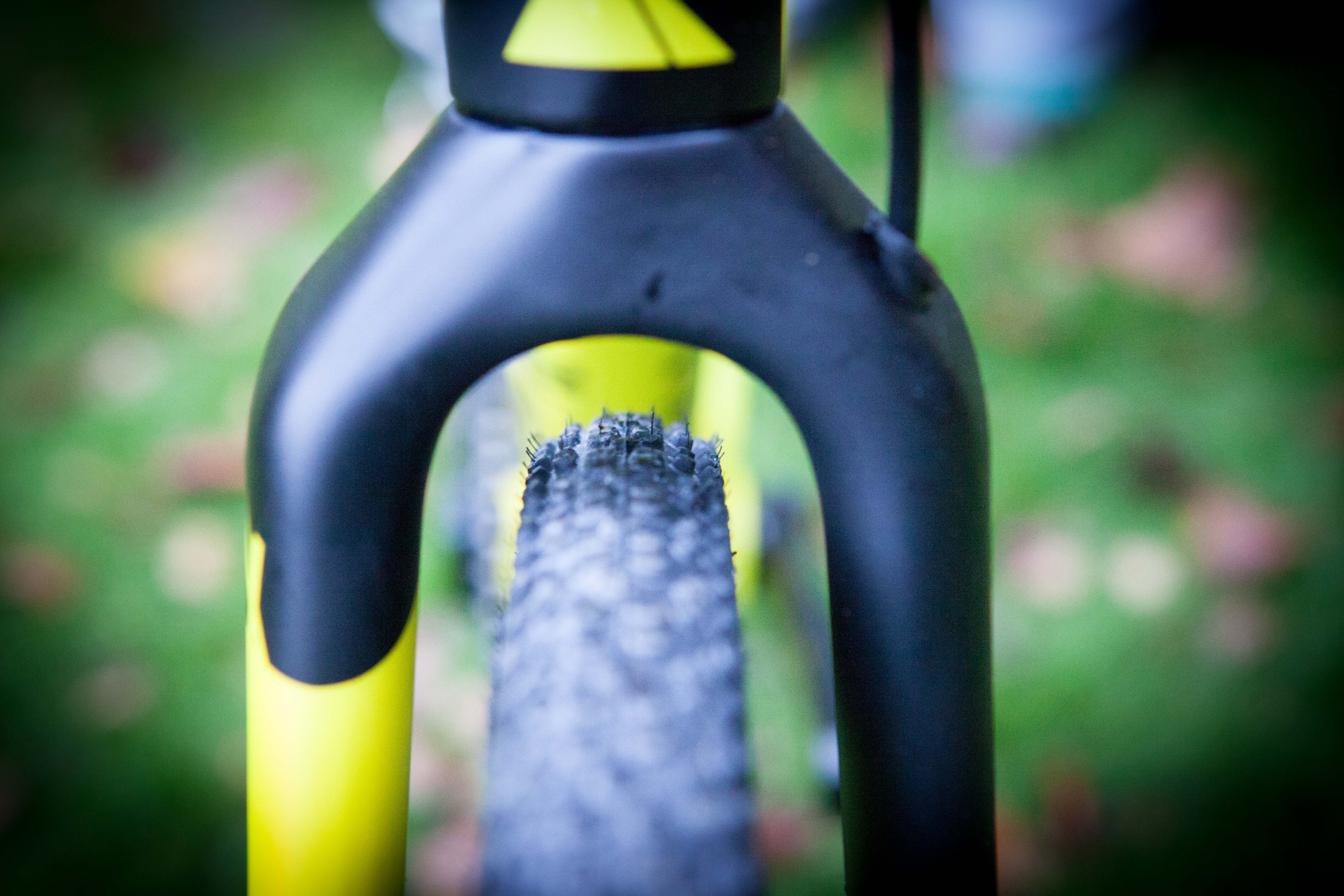 First Look: Canyon Inflite CF SLX 8 0 Pro Race - GritCX