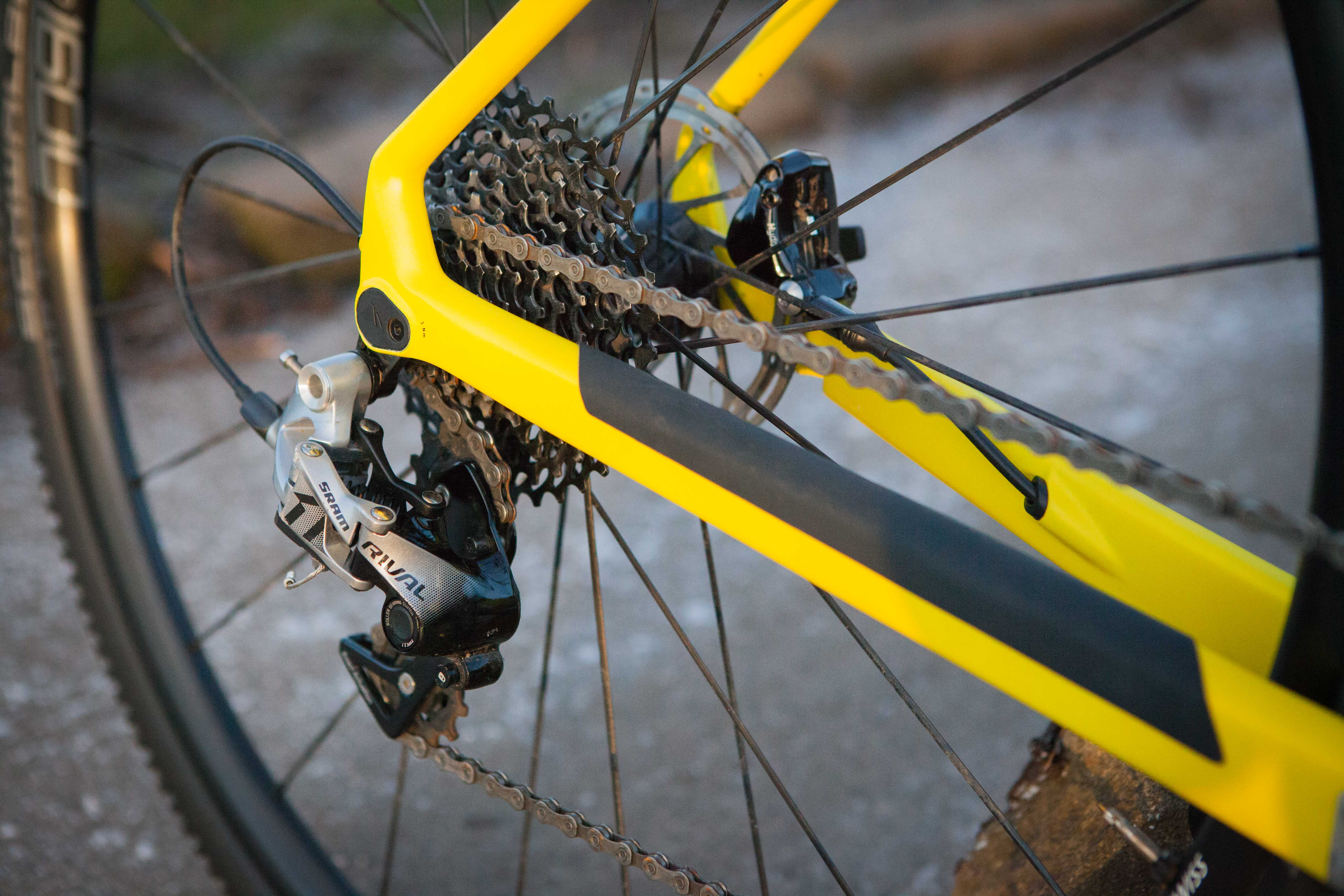 Reviewed: Canyon Inflite CF SLX 8 0 Pro Race - GritCX