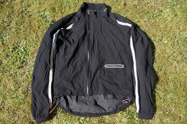 84dc9d254 Rapha Classic Wind Jacket | Singletrack Magazine