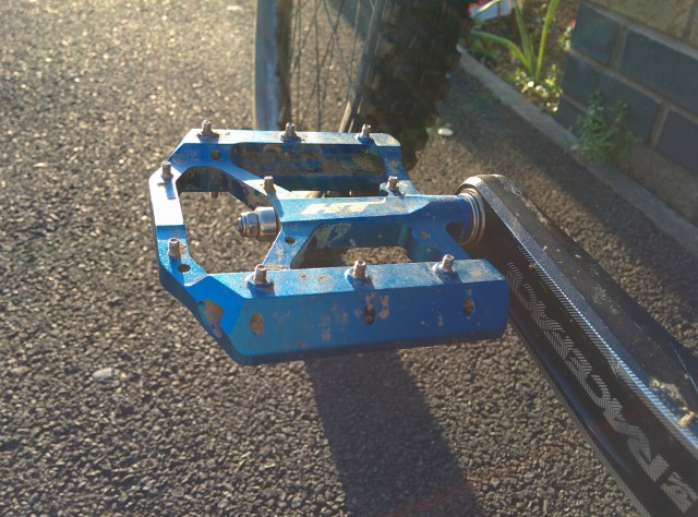 HT AE05 Pedals