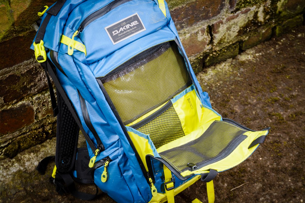 3fb3a03294d4f Buyers Guide  Backpacks with Back Protectors - Singletrack Magazine