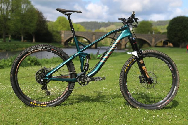 Reviewed: Canyon Spectral AL 8 0 EX   Singletrack Magazine