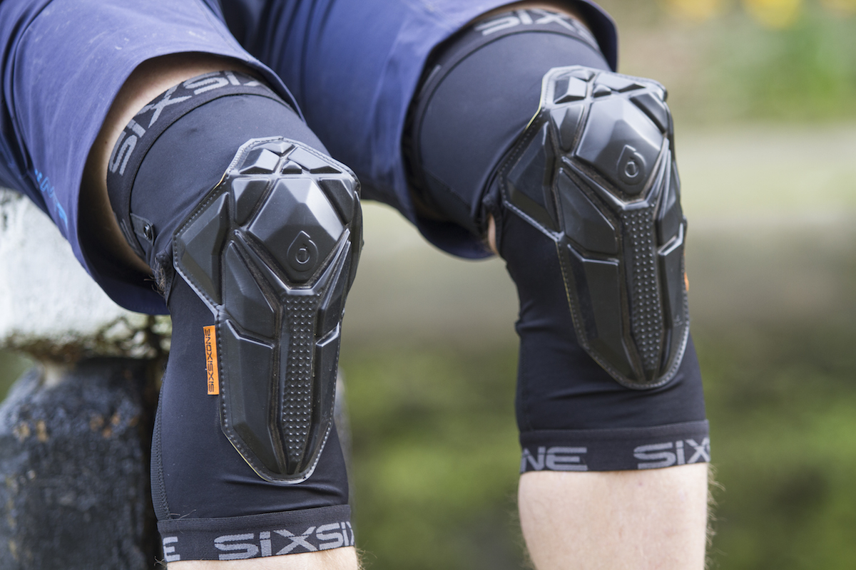 The Recon Is Lightest And Most Flexible Knee Pad From 661